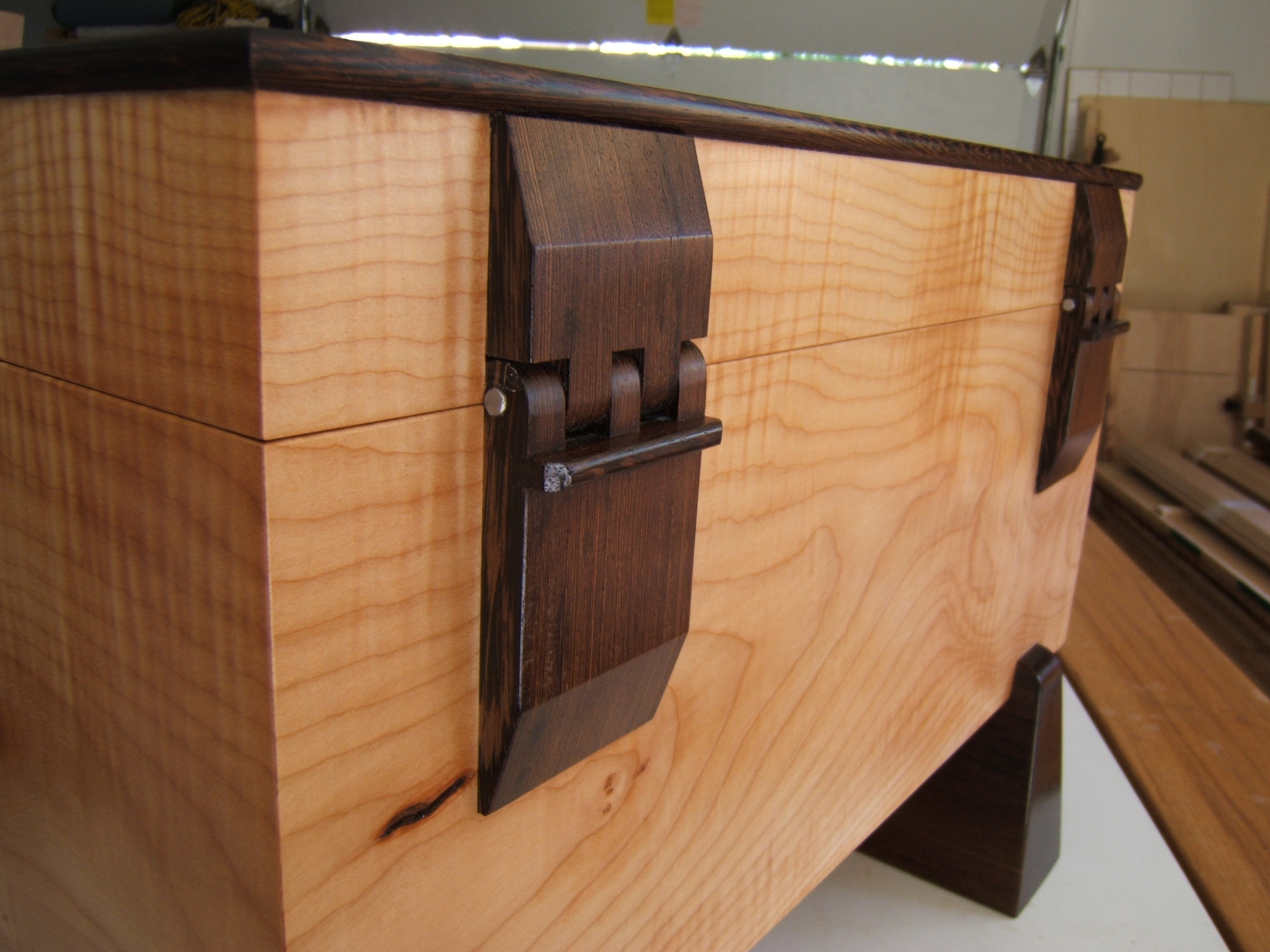 Build Wooden Hinges DIY woodworking serving tray | broken66oty